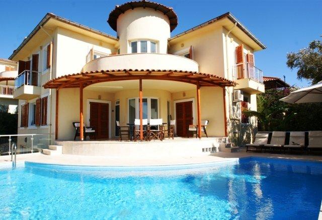 Luxury Villa Artemis